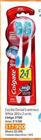 Oferta de Cepillo de dientes Colgate por $17900