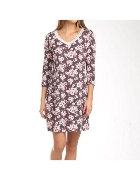 Oferta de Pijama Batola con Estampado Floral por $54950