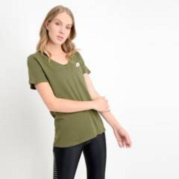 Oferta de Camiseta Deportiva Nike Mujer por $24990