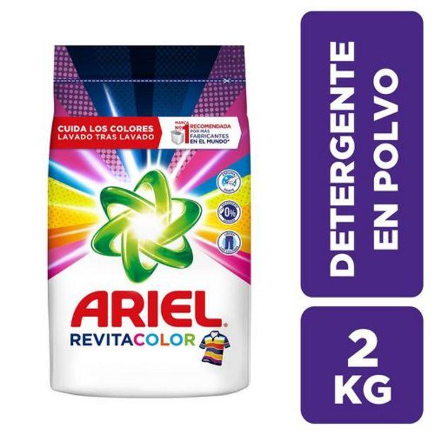 Oferta de Detergente En Polvo Ariel Revitacolor x 2 kg por $9150