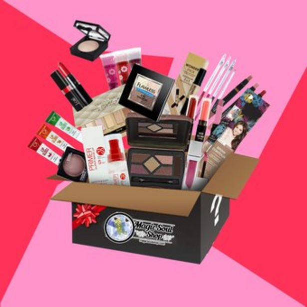 Oferta de Caja misteriosa maquillaje sombras brochas tónicos cremas por $69900