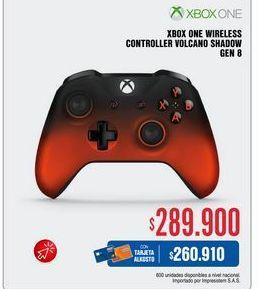 Oferta de Xbox One wireless controller volcano shadow gen 8  por $289900