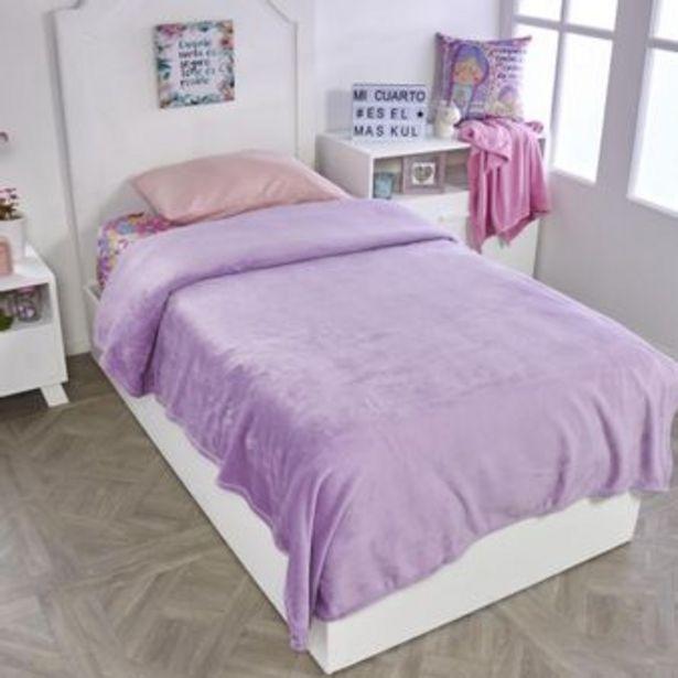 Oferta de Cobija flannel unicolor violeta por $41930